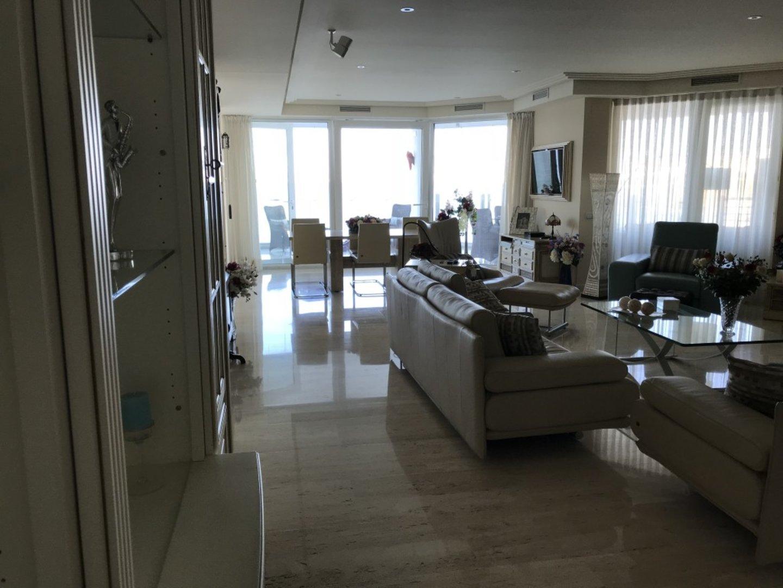 Luxe apartment Torrequebrada_14