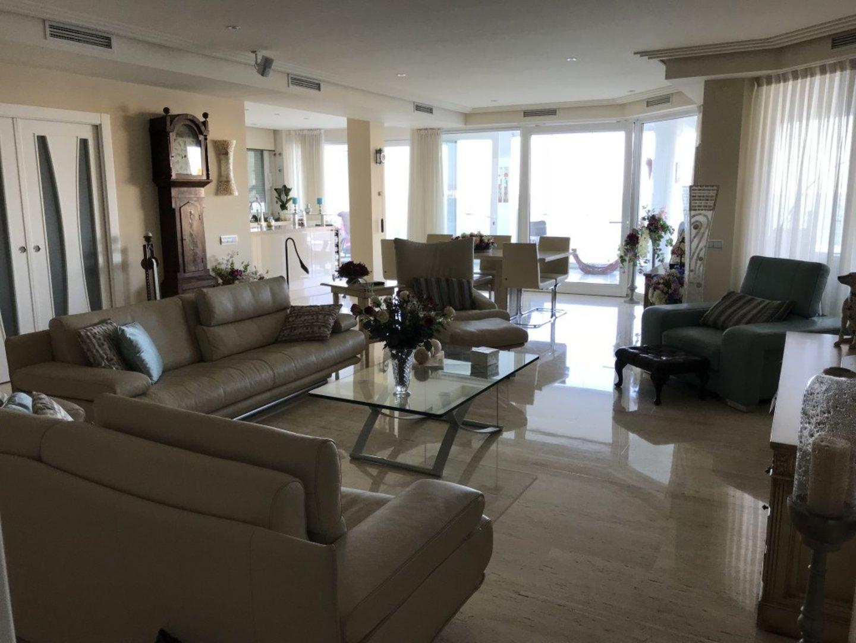 Luxe apartment Torrequebrada_5