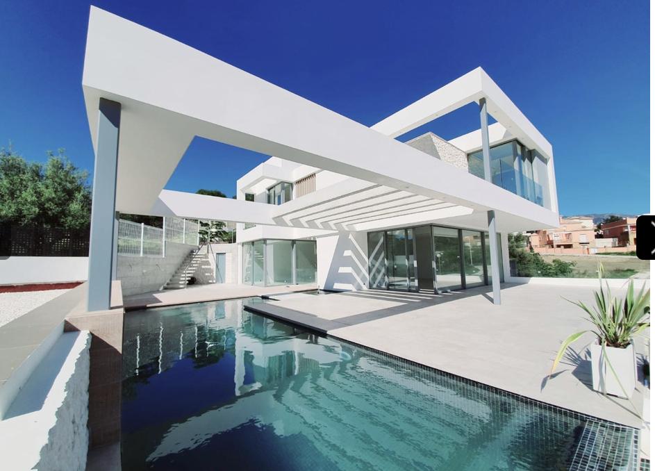 Beautiful modern villa for sale in Jardines del Aguila – Mijas