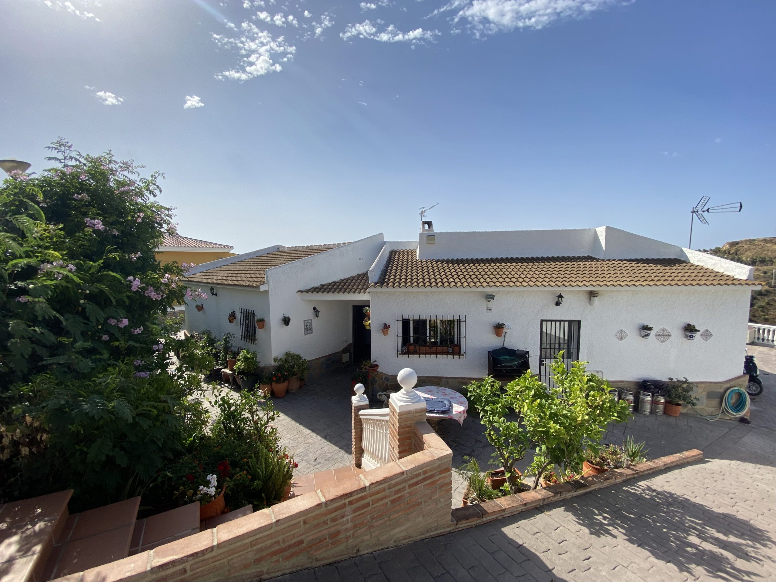 Beautiful Villa with Impressive Sea Views on Calle Cilantro – Monte Alto – Benalmádena
